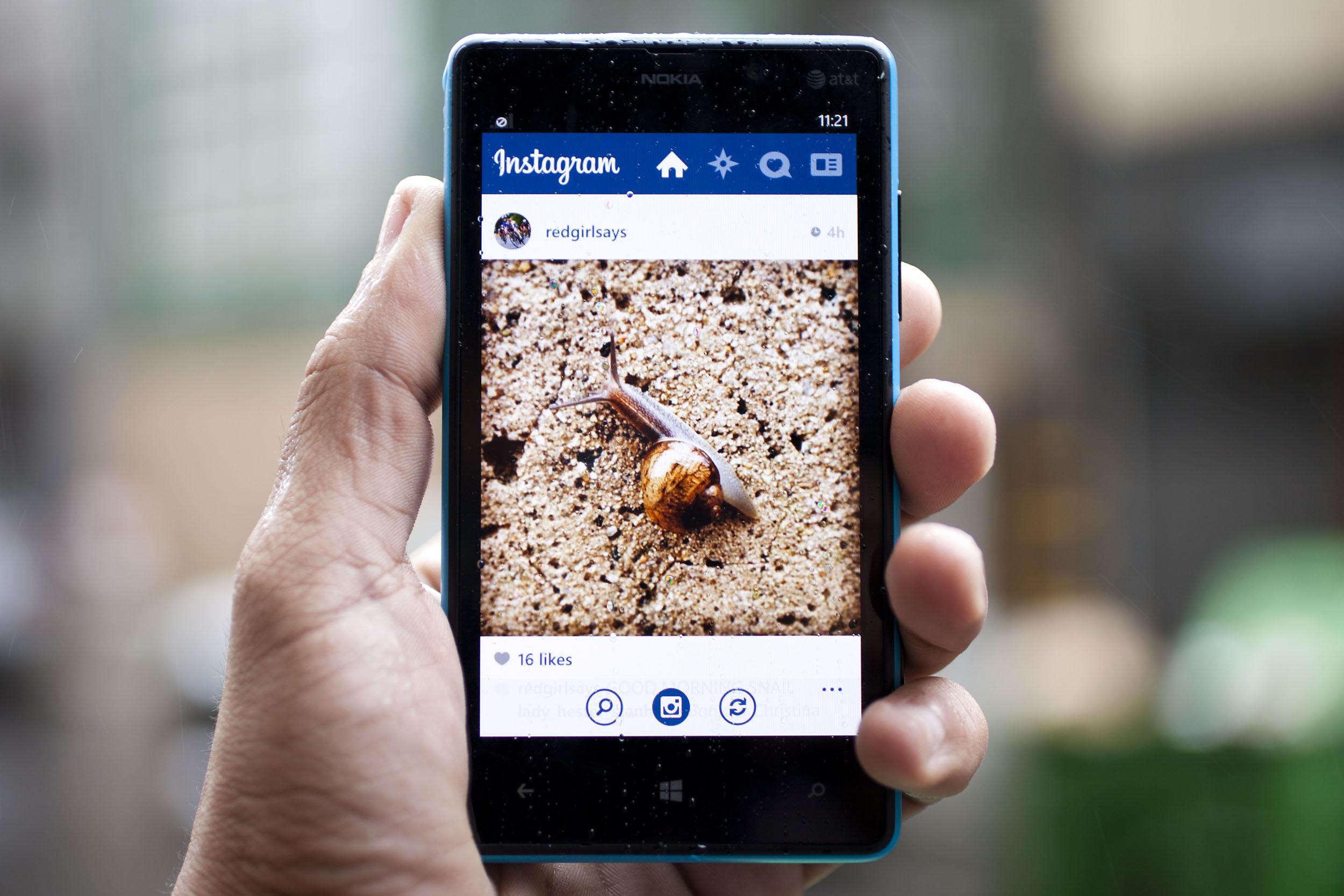 Come postare foto su Instagram